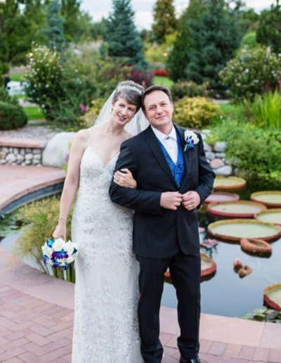Littleton wedding photographer Hudson Gardens bride and groom Mr. Mrs. Colorado photography fall flowers in love man woman marriage married