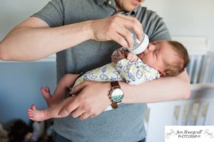Littleton family photographer newborn new baby boy father son feeding in home lifestyle session photo photos photography Colorado bottle fed feed feeding time